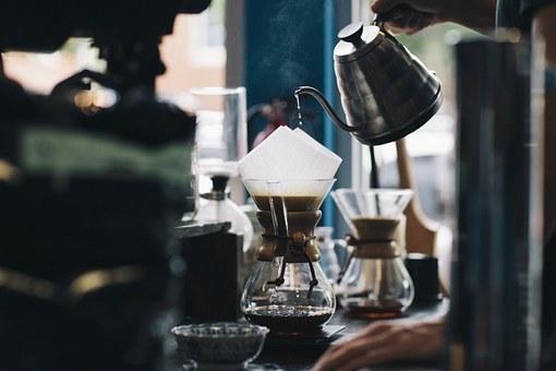 dzbanek z kawą