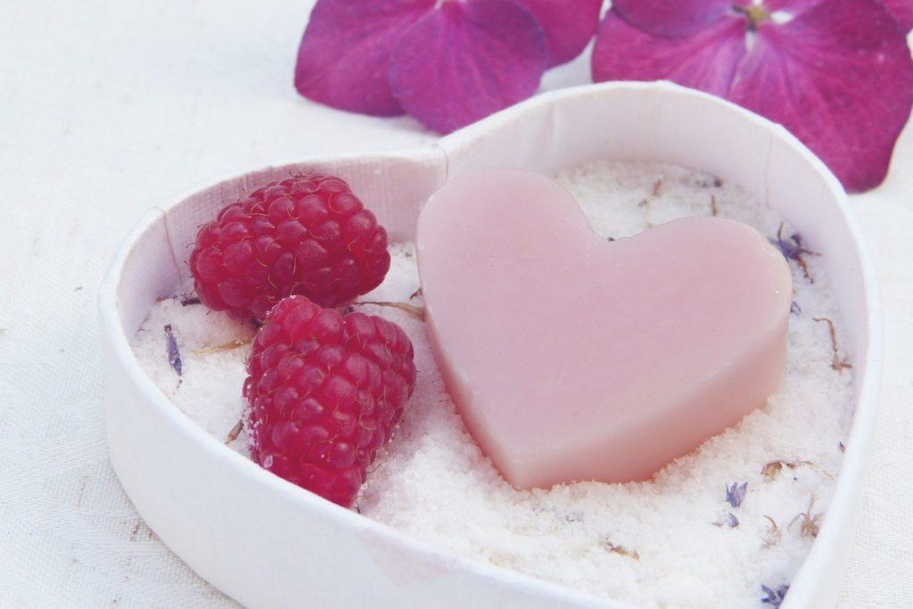 kosmetyki damskie na Walentynki